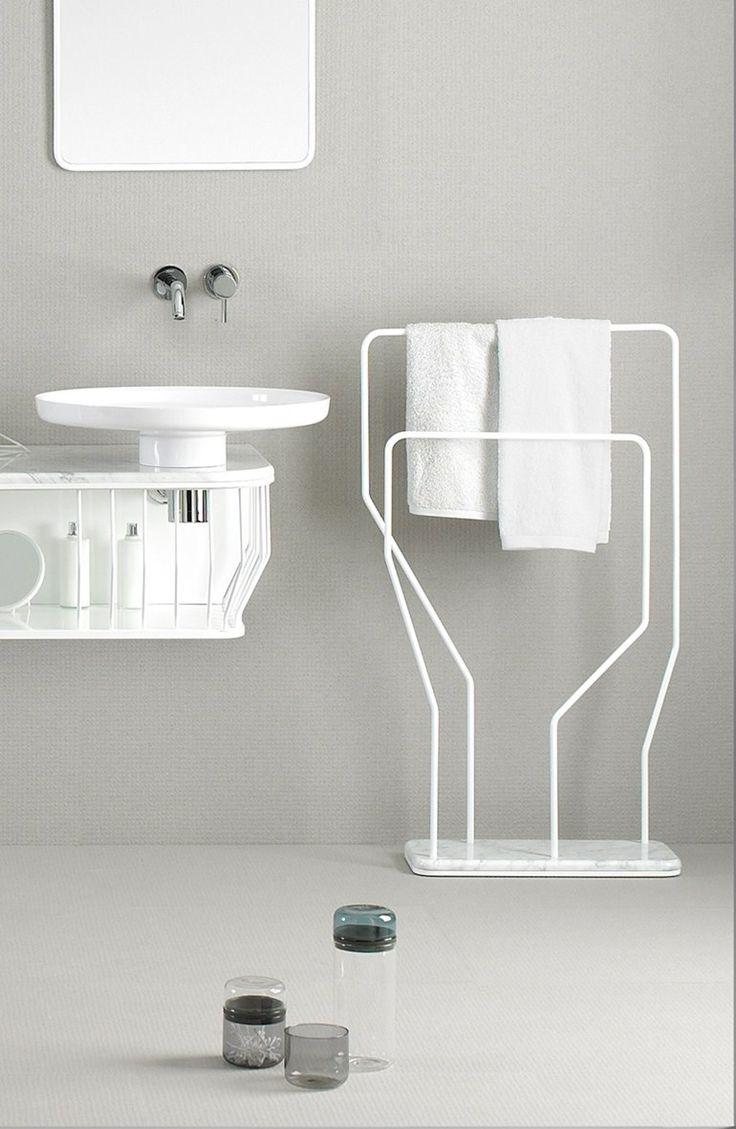 Oltre 25 fantastiche idee su porta asciugamani su - Ikea porta asciugamani da terra ...