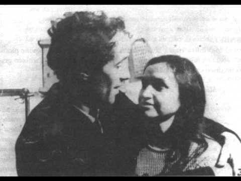 Violeta Parra - Teneme en tu Corazón - YouTube