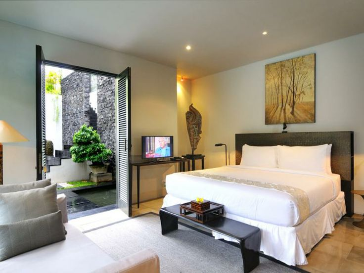 Luxury Bedroom at Villa Desuma