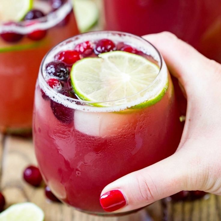 Cranberry Pineapple Punch (adult version)