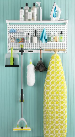 Easily organize your cleaning center http://rstyle.me/n/qhuumnyg6