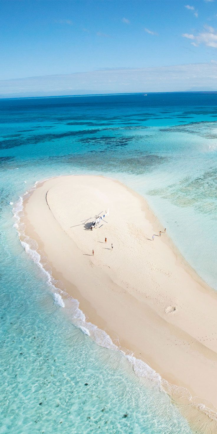 Vlasoff Cay in the Great Barrier Reef - by @visitqueensland