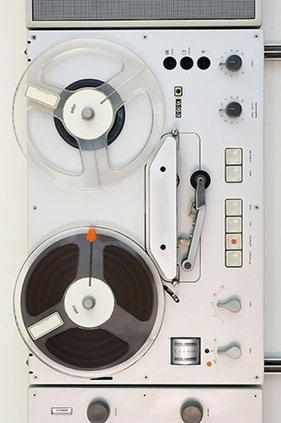 NICOONMARS Reel-To-Reel tape deck. #vintageaudio http://www.pinterest.com/TheHitman14/the-audio-tape-%2B/