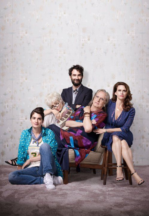 Still of Gaby Hoffmann, Jeffrey Tambor, Jay Duplass, Amy Landecker and Judith Light in Transparent (2014)