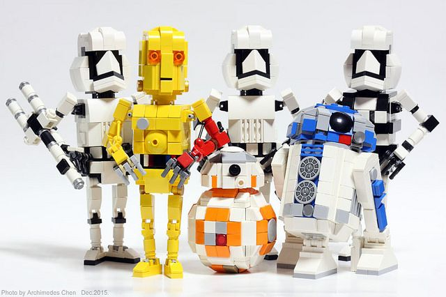 These are the LEGO droids you're looking for