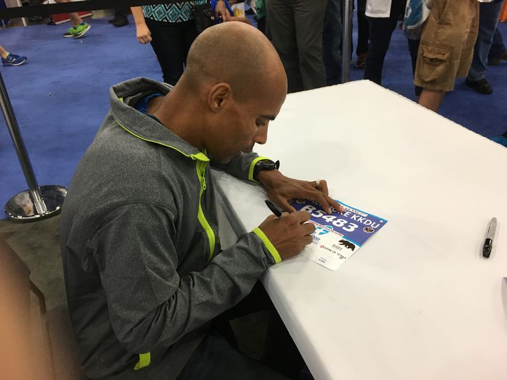 Meb Signing My Bib Sign I Author Signs Sonnet 154 Paraphrase
