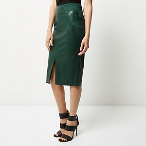 Pinterest'teki 25'den fazla en iyi Green leather skirt fikri