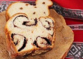 Romanian chocolate cozonac (sweet bread)