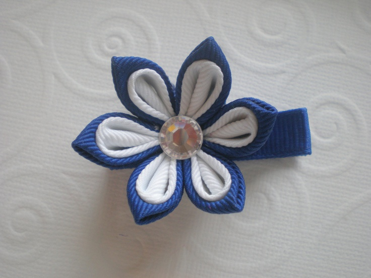 Navy Blue and White Buttercup Kanzashi Flower by CCsChicBowtique, $10.00  #navyblue #flower #hairclips #Etsy #Kanzashi