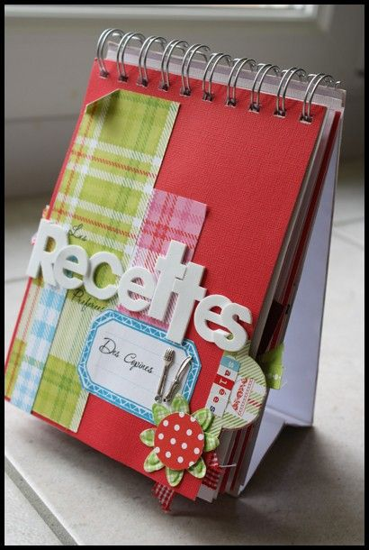 Tuto mini album à poser : mini de recettes  http://aurelei90.over-blog.com/article-34811207.html
