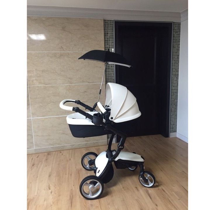 mima xari in black white droooollll baby stuff pinterest babies baby gear and pram. Black Bedroom Furniture Sets. Home Design Ideas