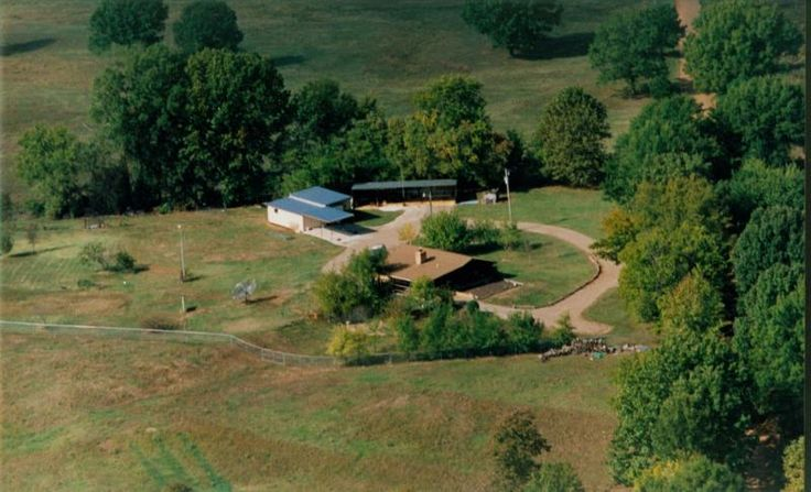 Underground Earth Sheltered Home for sale 4 bed 2 bath 3600 sq ft 5 acres $149.000