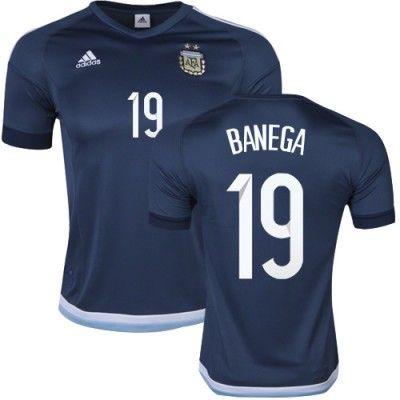 Argentina 2016 Banega 19 Udebanetrøje Kortærmet.  http://www.fodboldsports.com/argentina-2016-banega-19-udebanetroje-kortermet-1.  #fodboldtrøjer