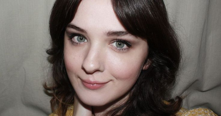 Soft-but-defined neutral shadow and subtly '60s inspired liner is how I get my doe-eyed look.