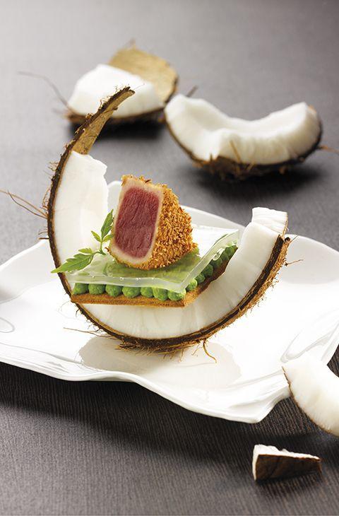 ⇒ Tataki de thon, petit pois, wasabi et noix de coco de Cyrille Berland et… genius!