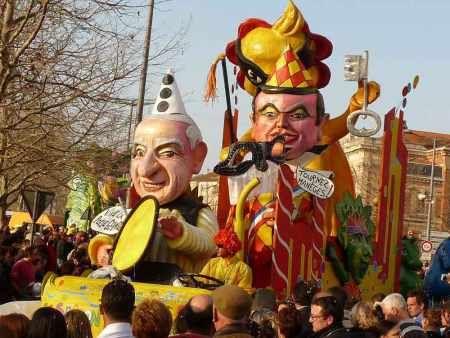 carnaval_albi_carcenac_deguisements_fevrier_15_22_2015_la-depeche_journal_sivens-testet