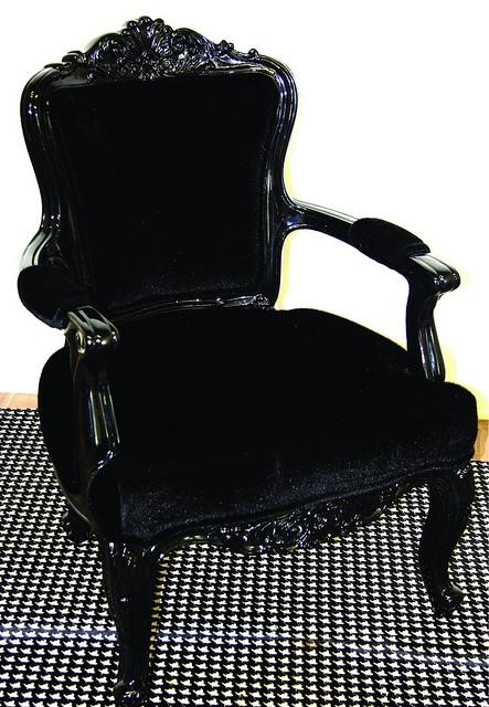 fauteuil noir baroque victorien gothique appartement baroque pinterest baroque vin et. Black Bedroom Furniture Sets. Home Design Ideas