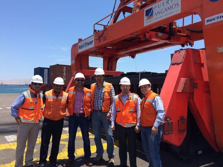 Ejecutivos mexicanos viajan a Chile para presenciar la operación limpia de mineral a granel con contenedores ISG Containertipp® y RAMRevolver® http://www.revistatecnicosmineros.com/noticias/ejecutivos-mexicanos-viajan-chile-para-presenciar-la-operacion-limpia-de-mineral-granel-con