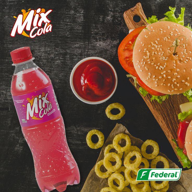 ¿Y tú como las combinas? Para que el lunes deje de ser aburrido, mezcla la comida que mas te gusta con una deliciosa Mix Cola, una combinación que no falla. #DondeHayMixHayFlow #MeclaPerfecta #foodlovers