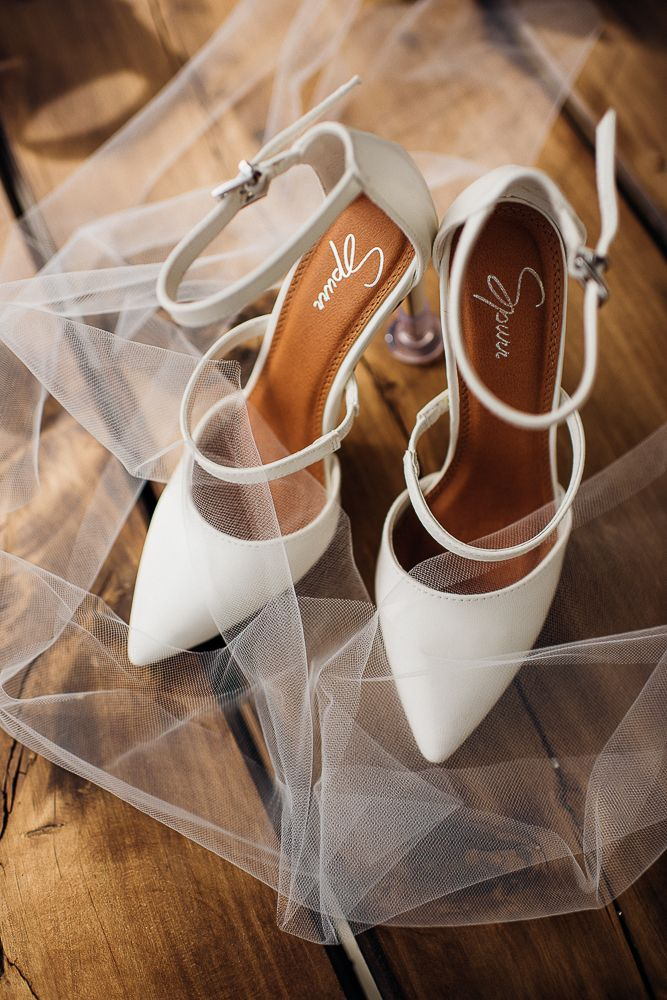 329 best Bridal shoes images on Pinterest | All alone, Beige wedges ...