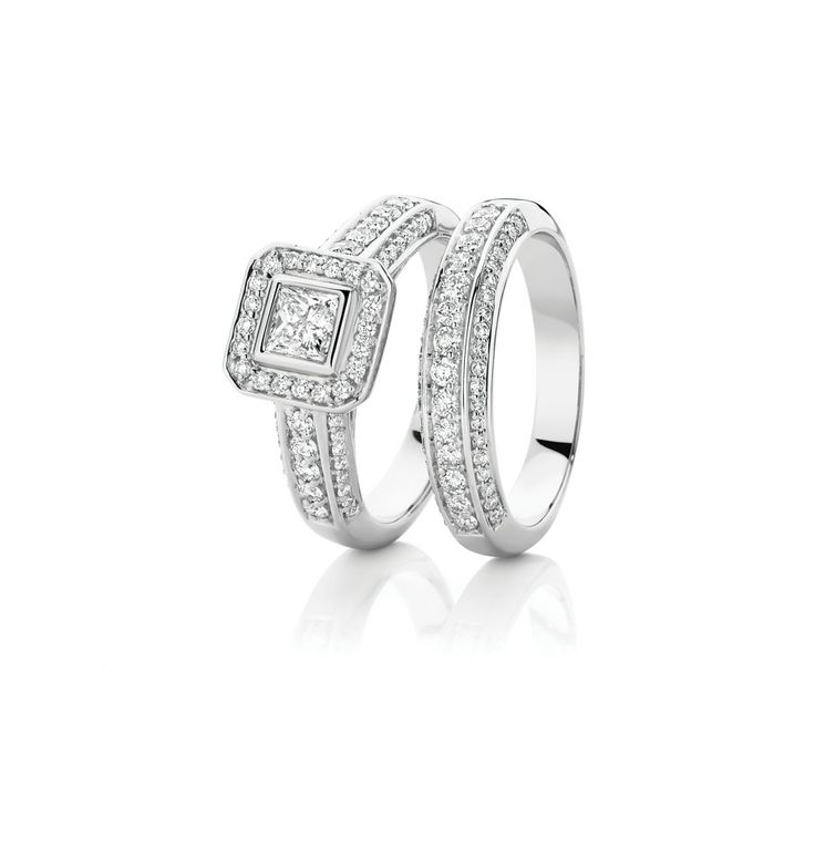 18ct White Gold Diamond engagement ring AU$4999 and matching wedder AU$2699