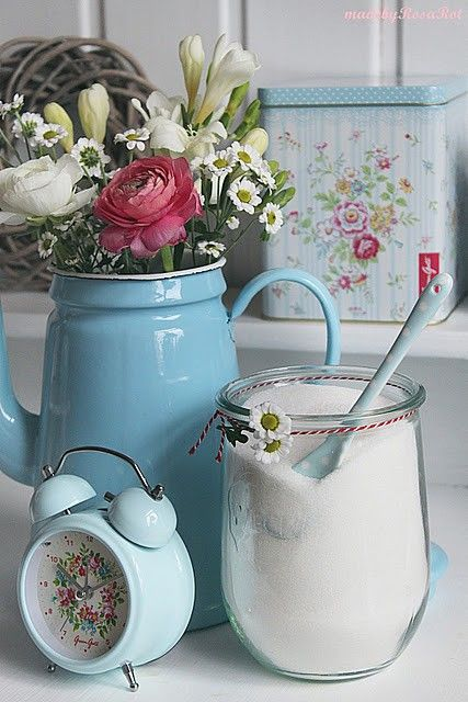 pretty #shabby #enamelware and #greengate
