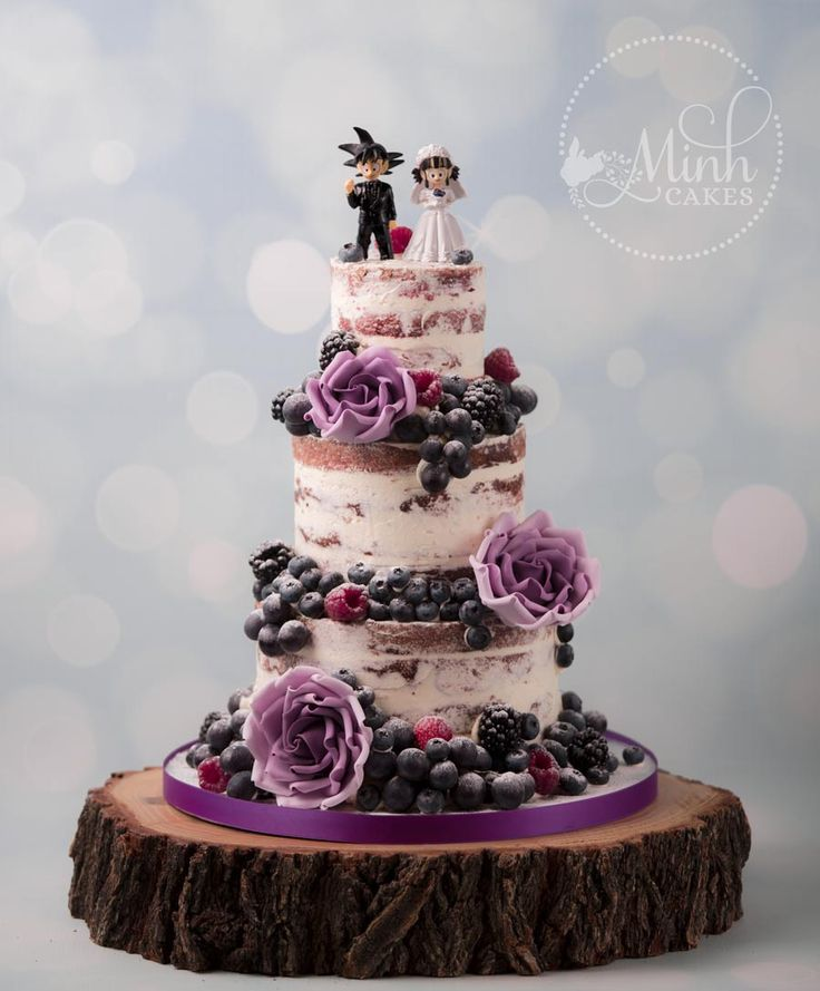 Nackter rustikaler floraler Dragonball-Kuchen! Leckerer roter Samtkuchen nach innen. Lila Beere …   – Cake gallery by Minh Cakes