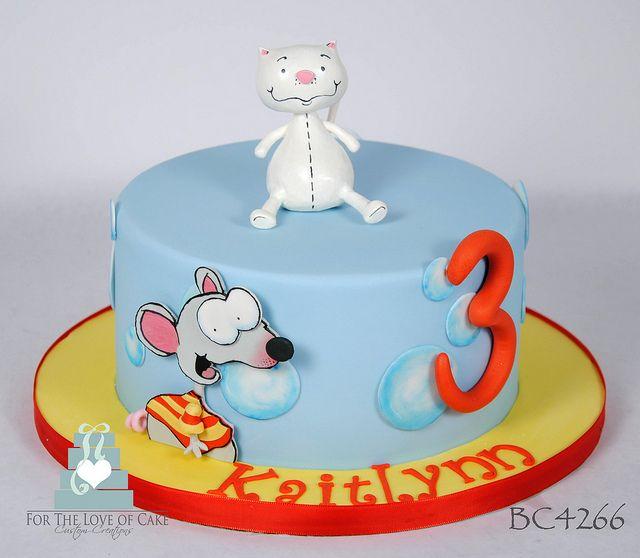 BC4266-toopy-and-binoo-birthday-cake-toronto-oakville by www.fortheloveofcake.ca, via Flickr