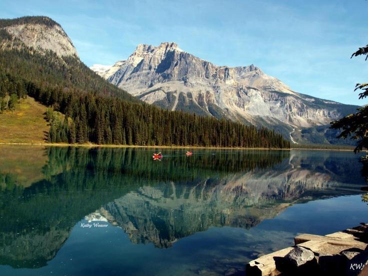 Canadá: Rocky Mountain National, Beautiful British, Emeralds Lakes, British Columbia Canada, Yoho National, Favorite Places, Rocky Mountains, National Parks, Beautiful Yoho