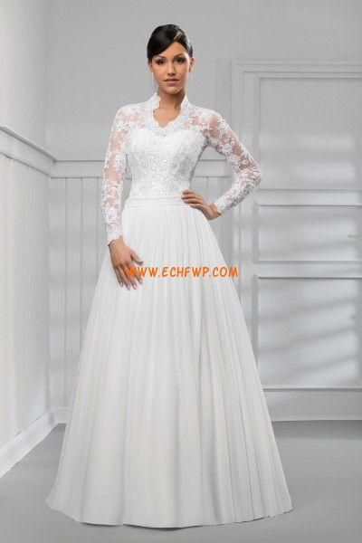 Robe de mariée mousseline zip longueur ras du sol avec boléro manche longue