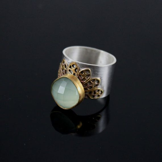 LaceLade  retro ring with agate aqua and gold by StudioMedusa