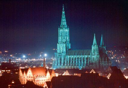 Das Ulmer Münster, der höchste Kirchturm der Welt!