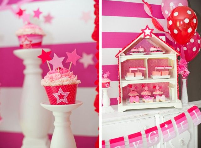 american girl doll party treats.....would love to know how to do this ruffled icing look