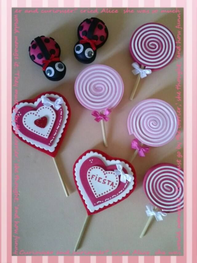 17 best images about foami goma eva manualidades on pinterest - Broches para manualidades ...