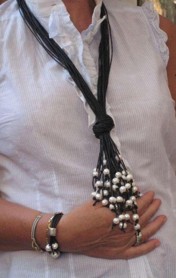 Collar largo con cuentas/perlas