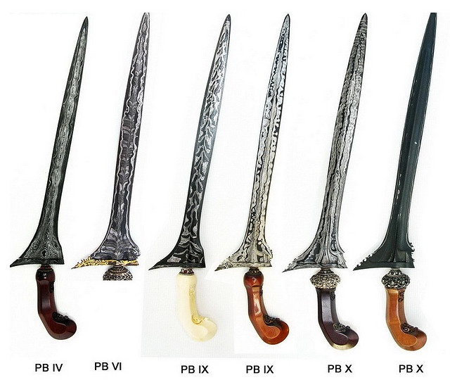 Keris of several generations of Pakubowono (rulers of Surakarta).