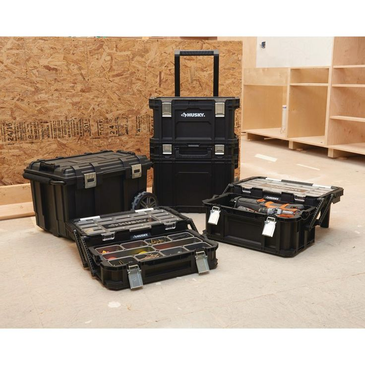 Husky 26 in connect rolling tool box black228224