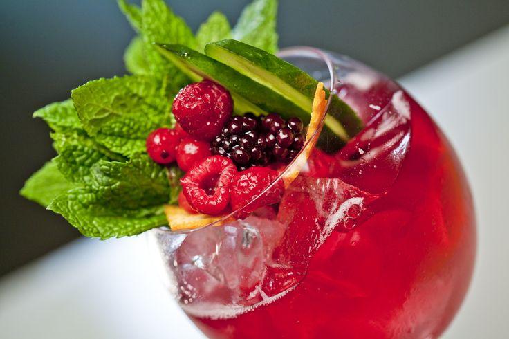 Wine cocktails rocks! @DOMAINESKOURAS using greek varieties #drinkgreekwine @DrinkGreekWine by Alejandro Glikopoulos
