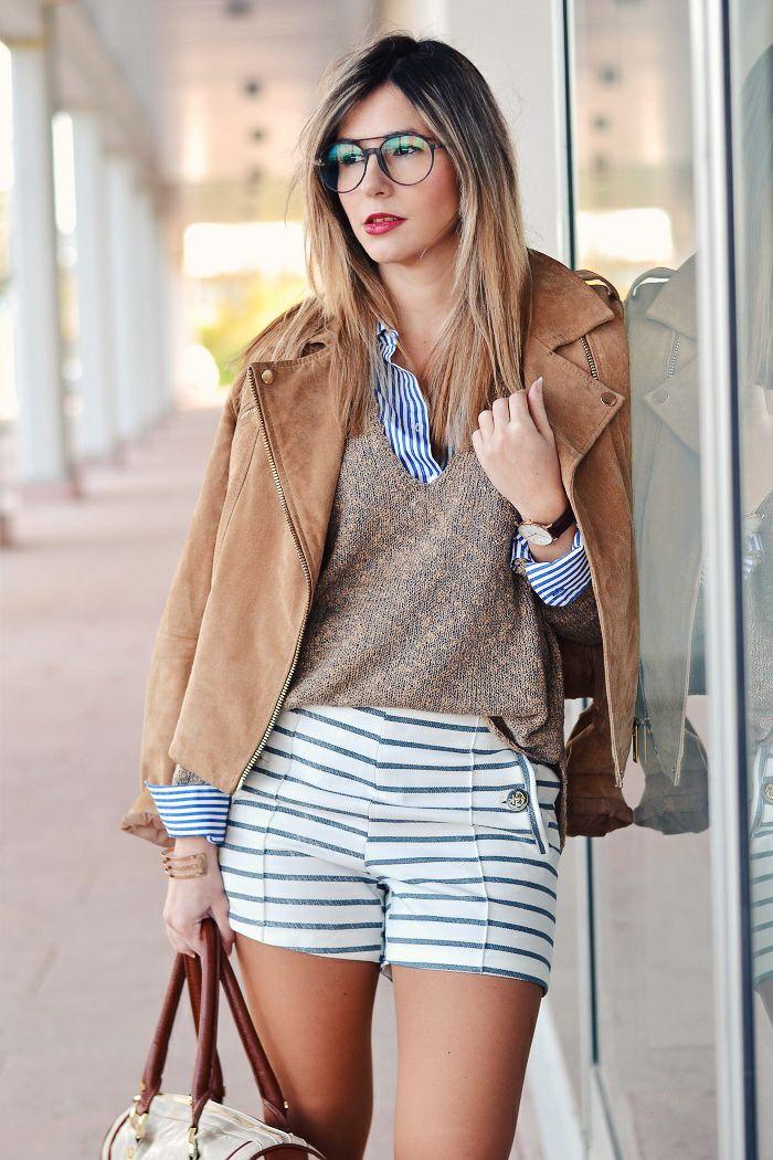 Ma Petite by Ana | Blog de Moda | Fashion Blog Striped shorts, brown leather jacket, brown sweater, striped shirt