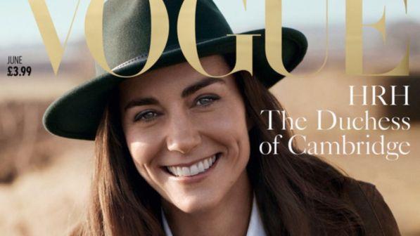 LONDRA Come la principessa Diana, anche Kate Middleton conquista la copertina della rivista Vogue. La duchessa di Cambridgecomparesulla cover dell'edizione britannica di