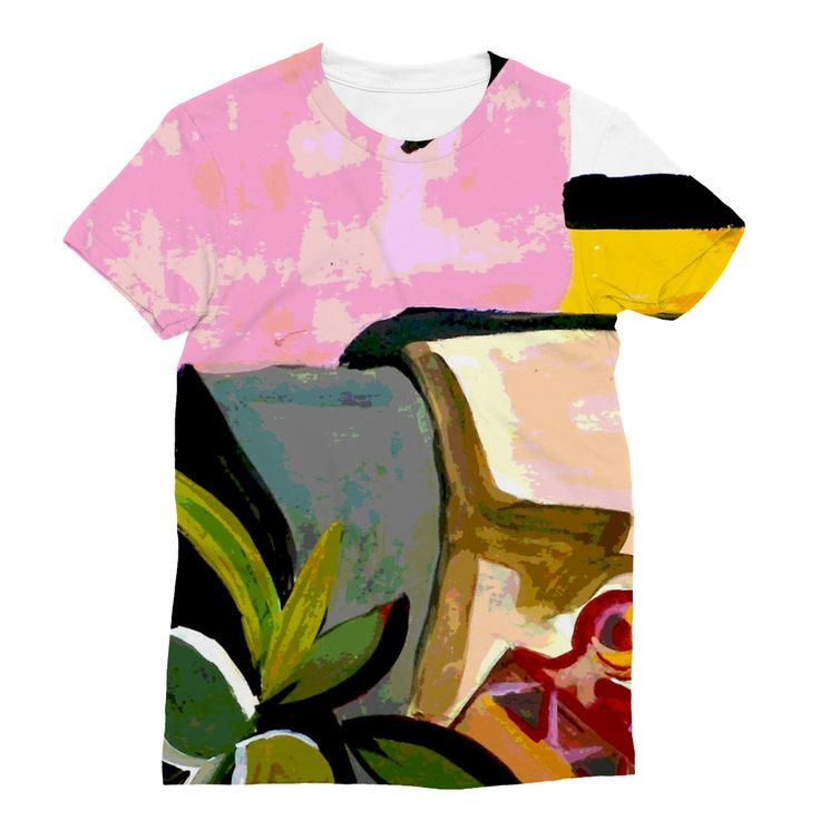 Pink Artsy T-Shirt https://blooom-store.myshopify.com/products/sublimation-t-shirt-4
