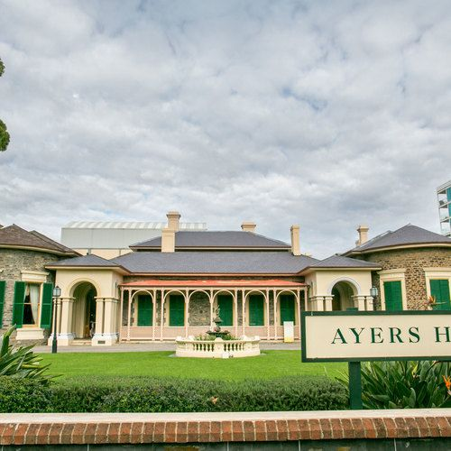 Ayers House - We are the preferred wedding photographer! http://www.scottgohphotography.com.au