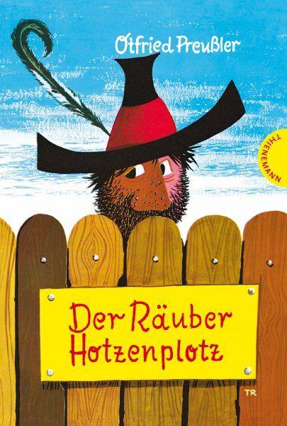 Eines meiner ersten Lieblingsbücher: Der Räuber Hotzenplotz (1962). Begeistert heute noch Kinder überall.
