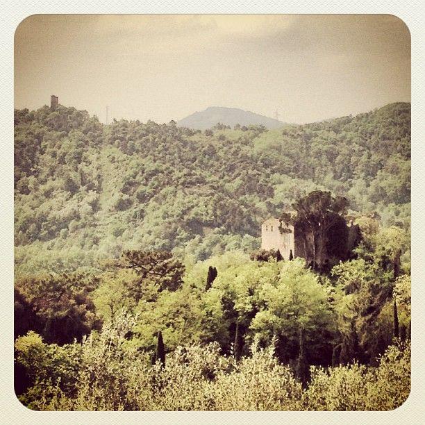 """La Rocca di Ripafratta e la Torre """"segata"""" architettura medievale in Toscana"""