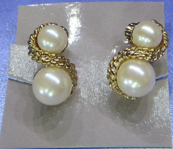 92 best AVON 1886 Present Jewelry VintageAntique images on