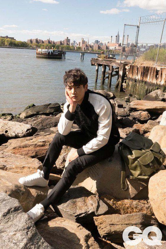 Minho de SHINee viajó a la ciudad de Nueva York para una sesión fotográfica de la revista GQ