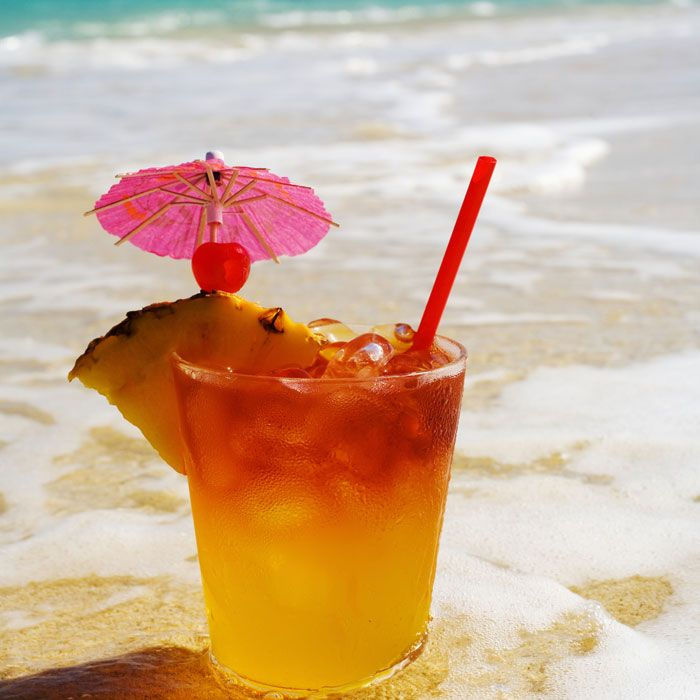 It May Only Be Spring, But This Tropical Cocktail Is So