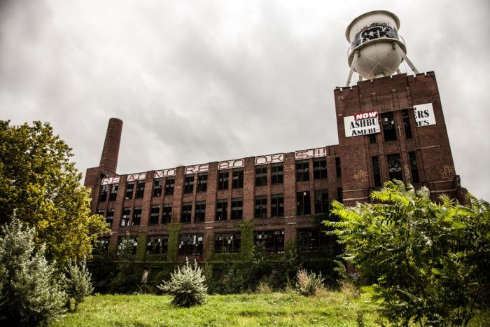 These 7 Abandoned Places In Cleveland Are Absolutely Haunting Abandoned Places Abandoned Ohio Ohio Travel
