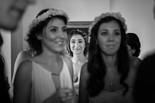 Look how happy she is!  #gettingready #wedding #hochzeit #weddingphotography #hochzeitsfotos #hochzeitsbilder #bride #braut #beautiful #schön #touched #gerührt #itsalrightma