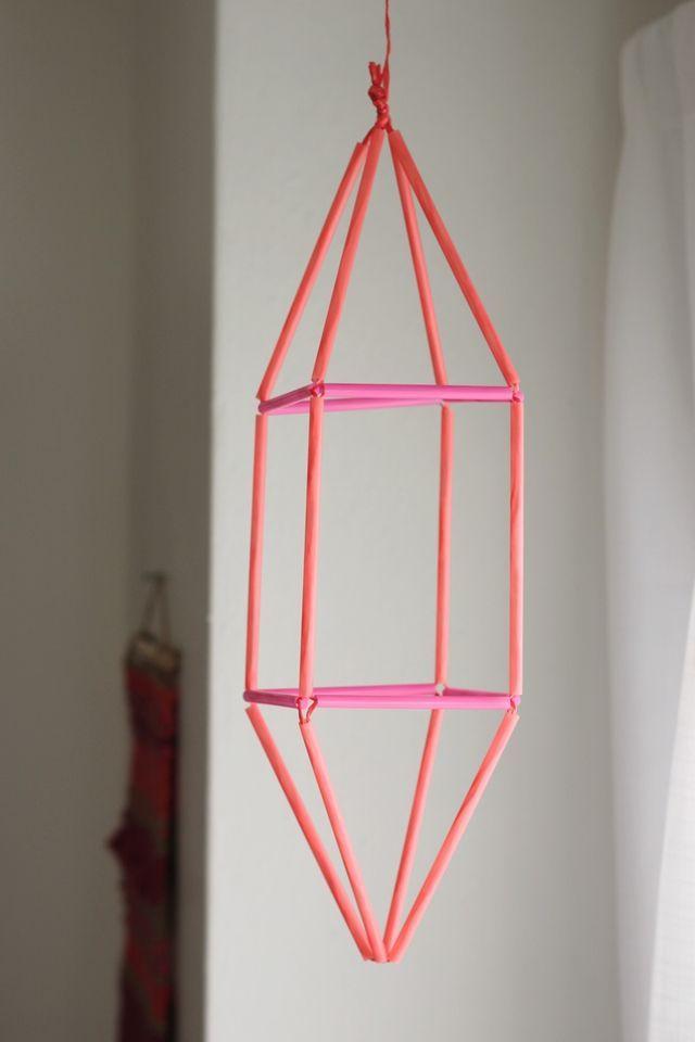 DIY Geometric pendant made with straws